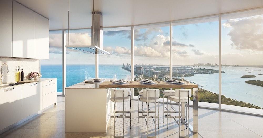 El cuarto y último penthouse restante en la torre de lujo frente al mar se vendió por $25.5 millones.