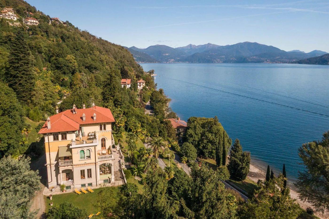 Villa Volpi: Suntuosa villa con vista al lago en Ghiffa, Verbano Cusio Ossola, Italia