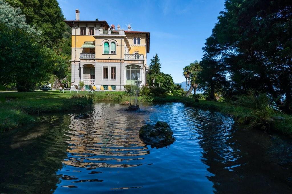 Suntuosa residencia con vista al lago en Ghiffa, Verbano Cusio Ossola, Italia