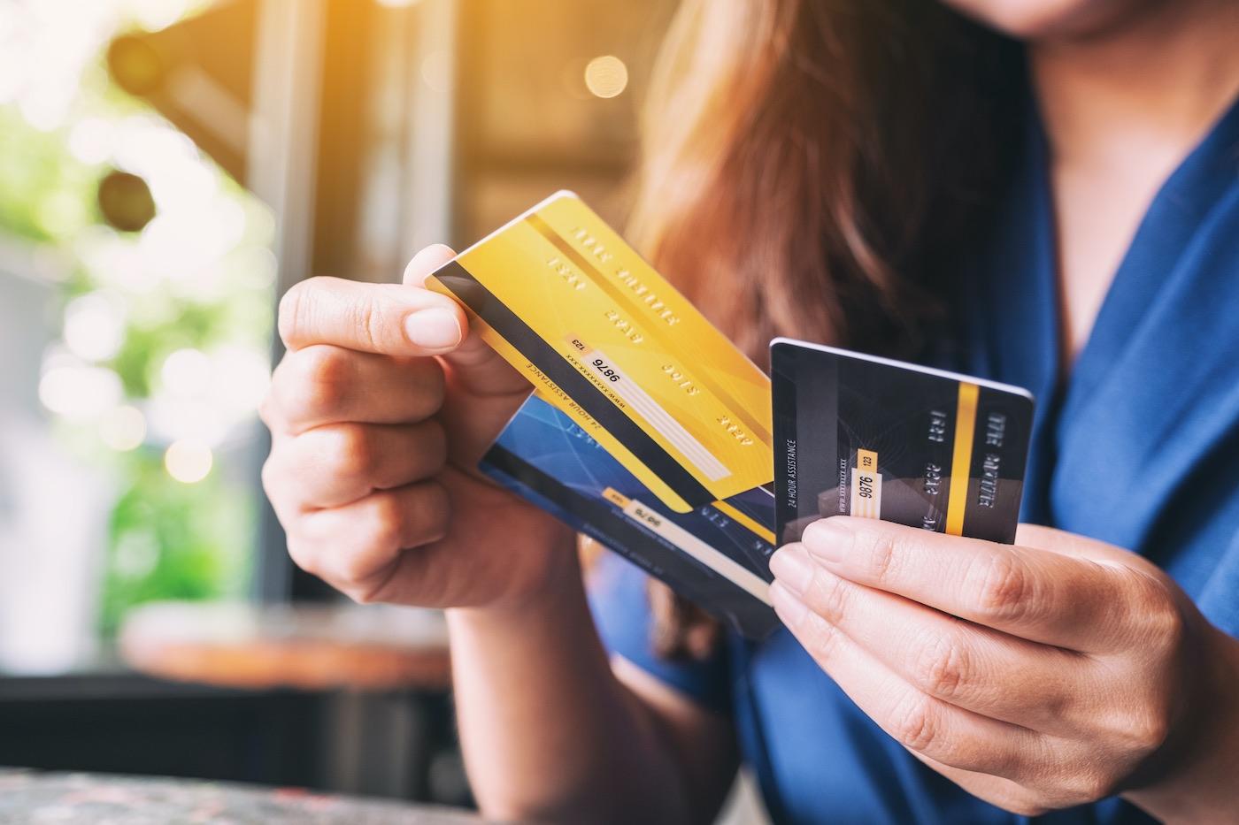 Guía práctica para salir de deudas de tarjetas de crédito