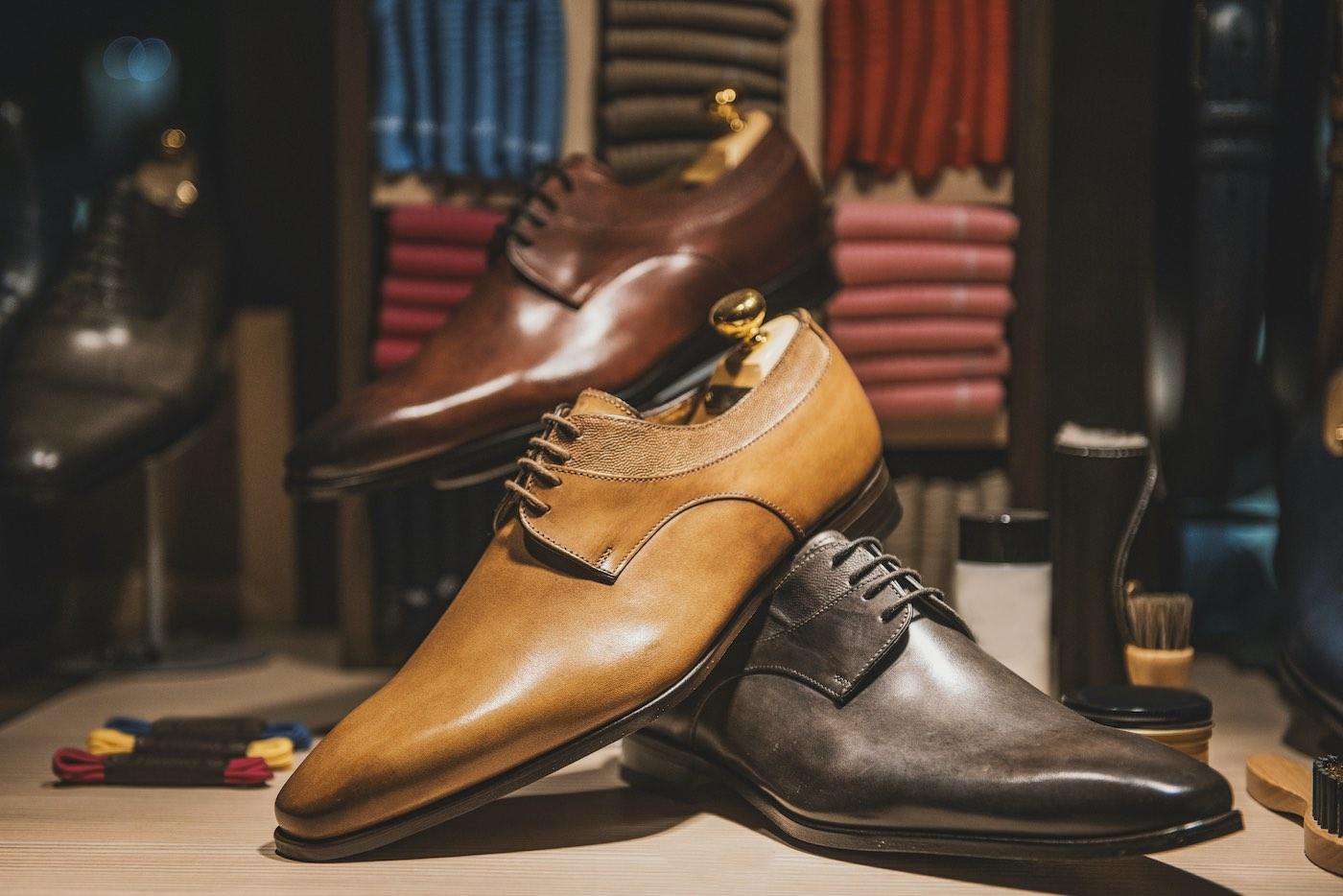 5V, el lujo a los pies: referente en la industria zapatera de Valverde del Camino