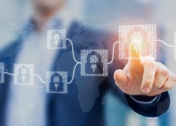Tecnología financiera de criptomonedas Blockchain con bloques de código binario, fintech