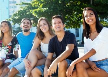 Jóvenes latinos