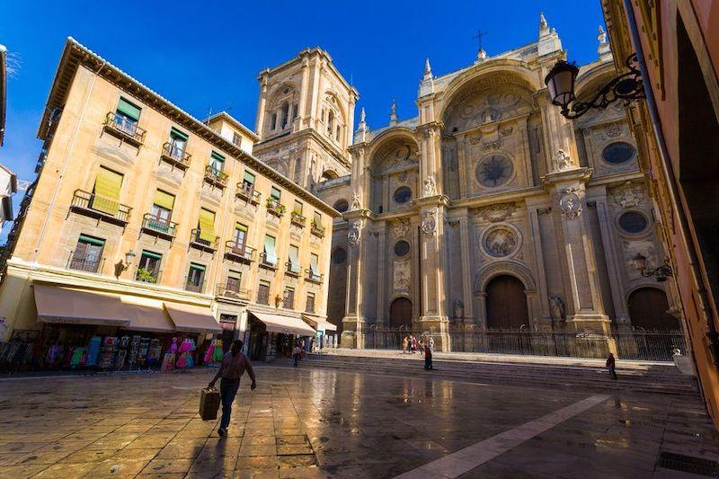 Viajar por España ahorrando dinero: Granada