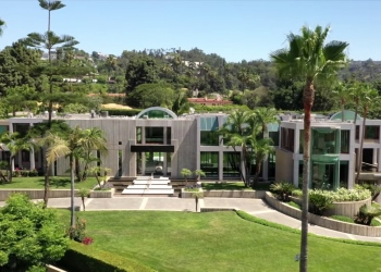 The Glazer Estate: Mansión moderna en Beverly Hills, California a la venta por $70 millones.