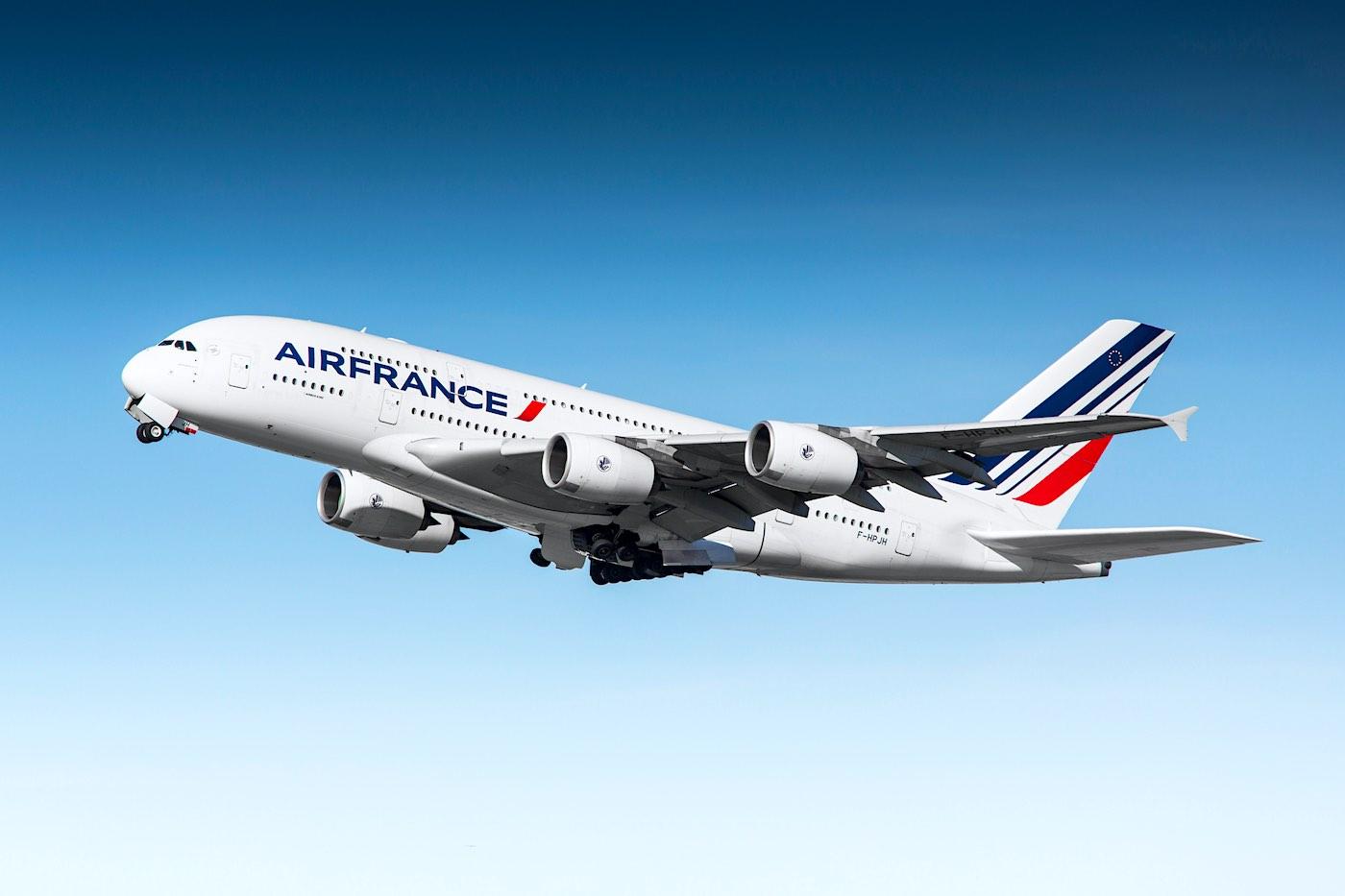 Air France Airbus A380: Aerolíneas que ofrecen mejor la comida a bordo para sus pasajeros de primera clase.