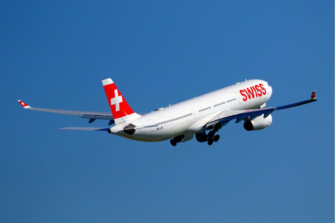 Swiss International Air Lines: Aerolíneas que ofrecen mejor la comida a bordo para sus pasajeros de primera clase.
