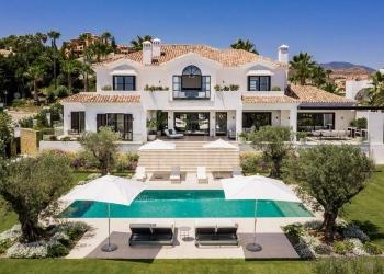 Elegante villa moderna en La Cerquilla, Nueva Andalucía, con impresionante vistas panorámicas al mar puede ser tuya por €8.99 millones