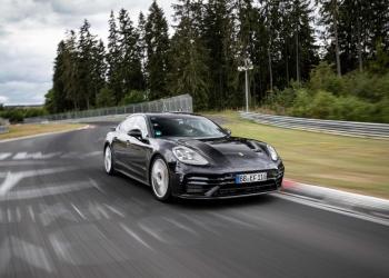 El nuevo Panamera logra el récord de vuelta en Nürburgring