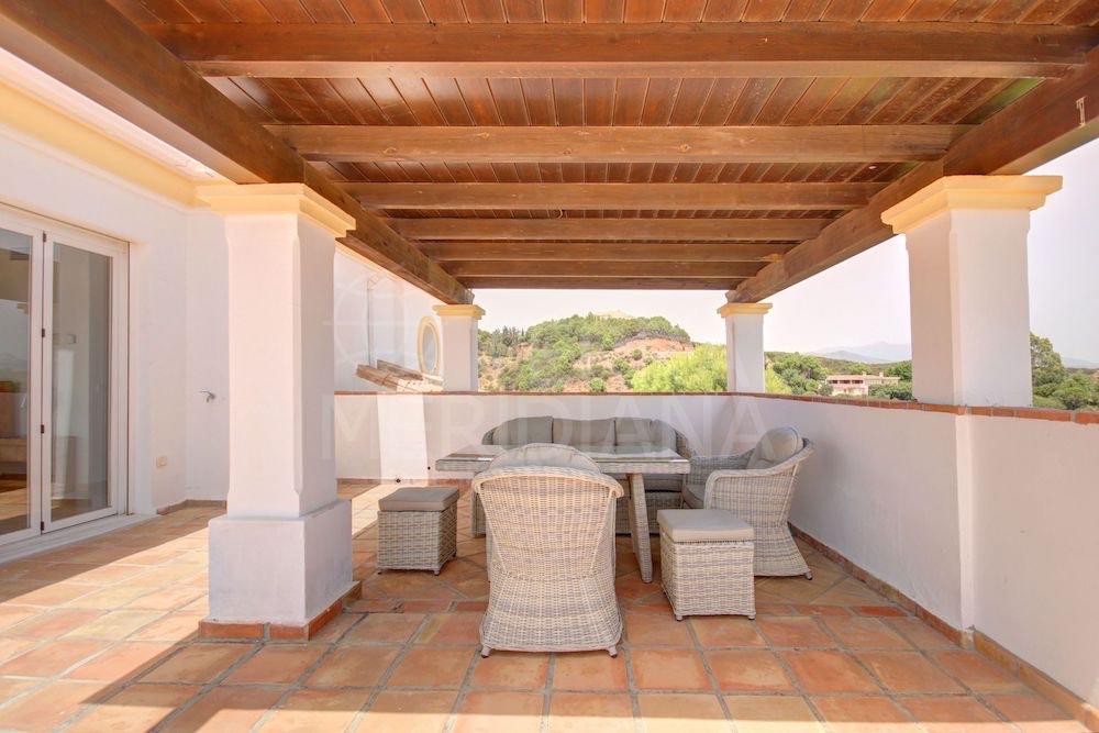 Majestuosa propiedad con magníficas vistas al mar y al campo puede ser tuya por solo €1,29 millones