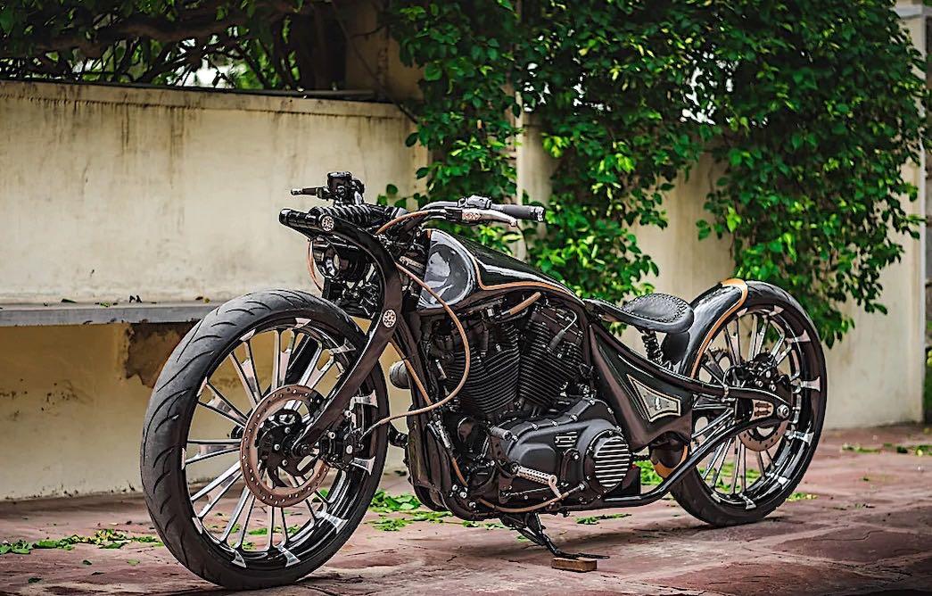 Rajputana Customs transforma una Harley-Davidson Iron 883 Sportster en la diabólica 'Jordaar' Version 2
