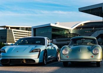 Porsche Taycan Turbo S de 2020 y 356 de 1950