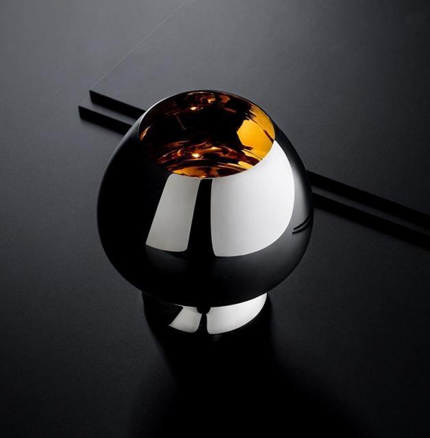 Disfruta tu coñac con estilo en el nuevo Gold Beaker de 24 quilates