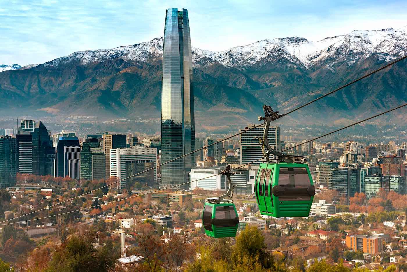 Los estadounidenses pueden abrir una cuenta de banco en Chile.