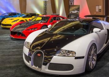 Bugatti Veyron, Falcon F7, y un Corvette Z06 Lingenfelter.