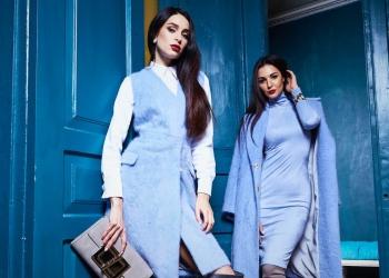 Hermosas mujeres llevan ropa de estilo casual lana