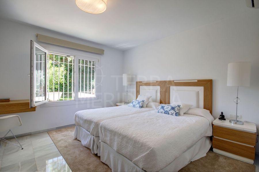 Espectacular villa en Cascada de Camoján, uno de los lugares más exclusivos y caros de Marbella.