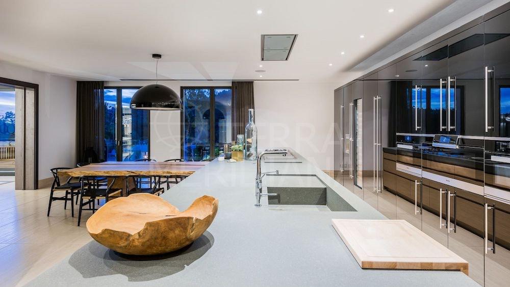 ¡Oportunidad única de comprar una casa en la zona más privilegiada de Marbella!
