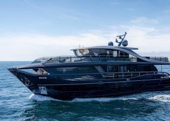 Princess Yachts Superfly X95 se lanzó oficialmente en línea
