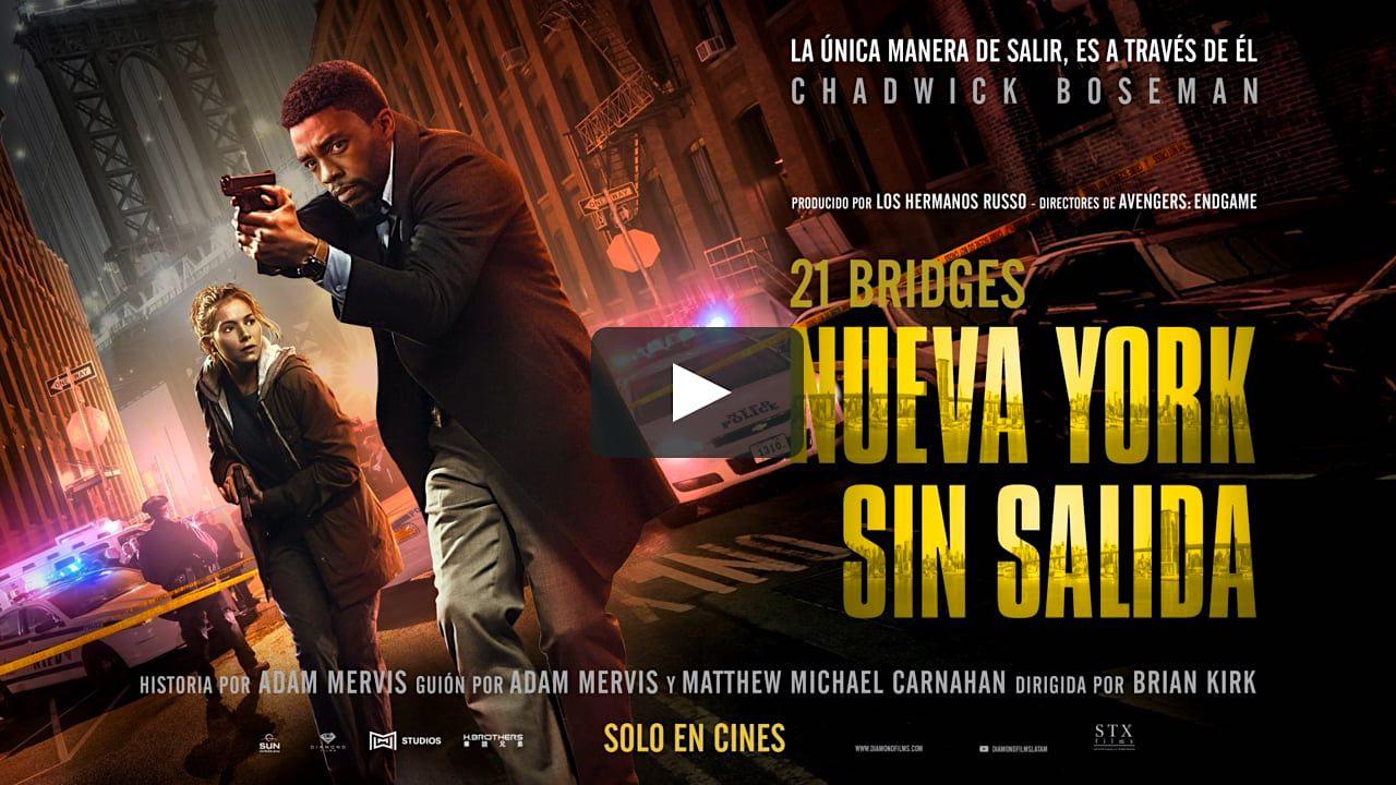 21 Bridges, una película de suspenso de acción estadounidense de 2019.