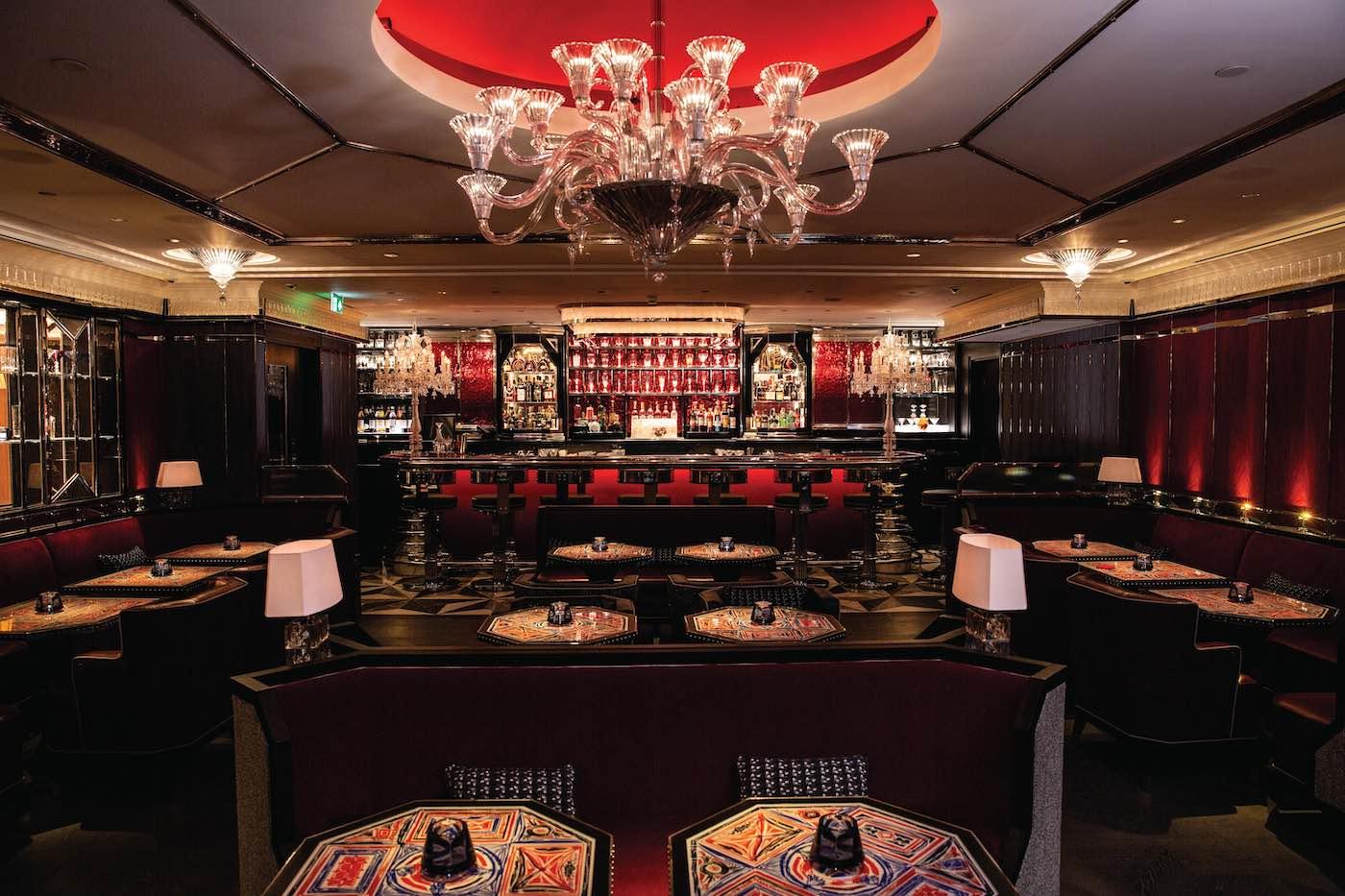 Baccarat Bar abre dentro de Harrods, el centro comercial de lujo más renombrado de Londres