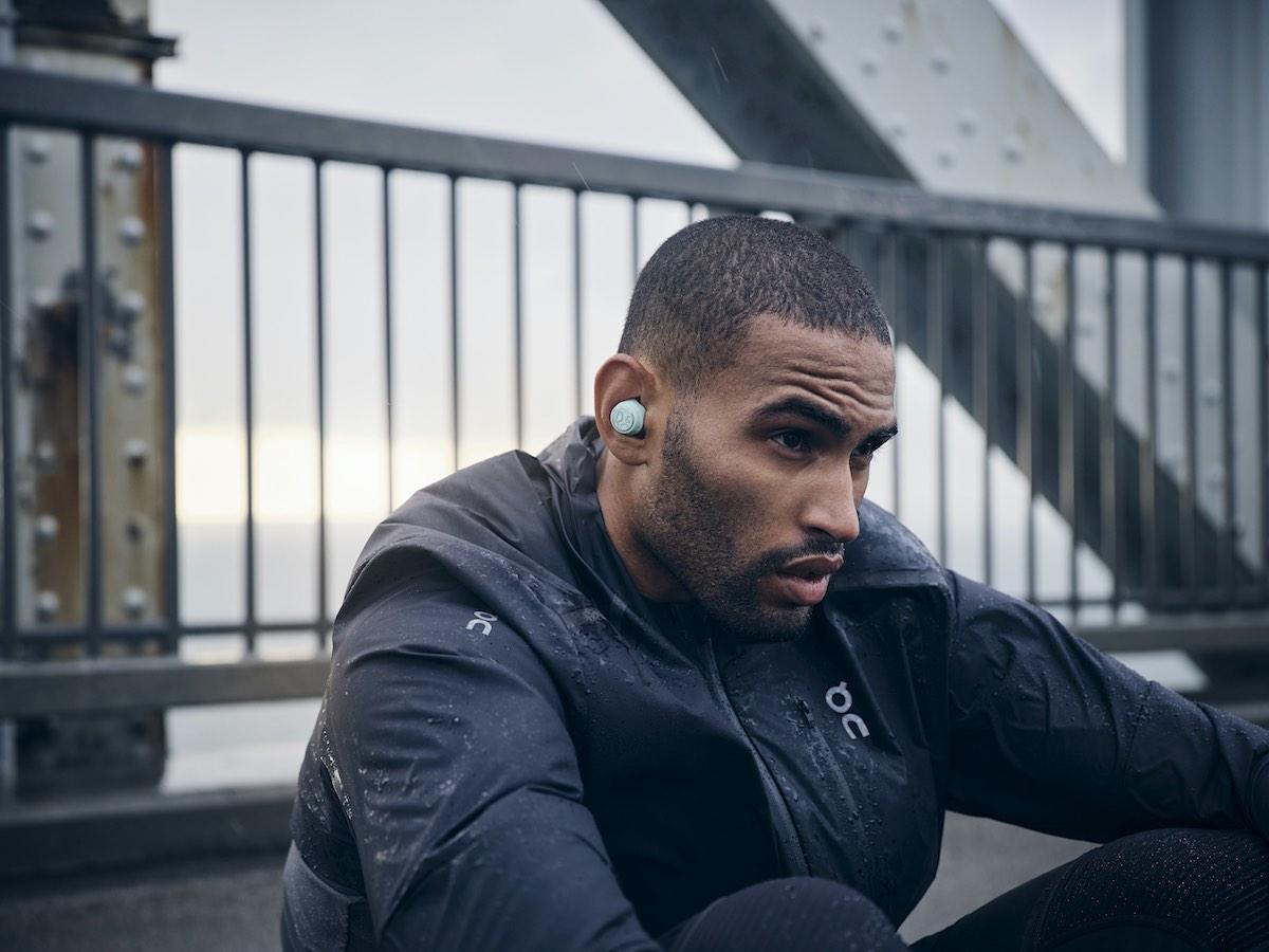 Los mejores auriculares Bluetooth para correr y hacer deporte por B&O
