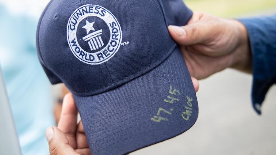 El récord se batió bajo la supervisión de un juez de los Récords Mundiales Guinness™