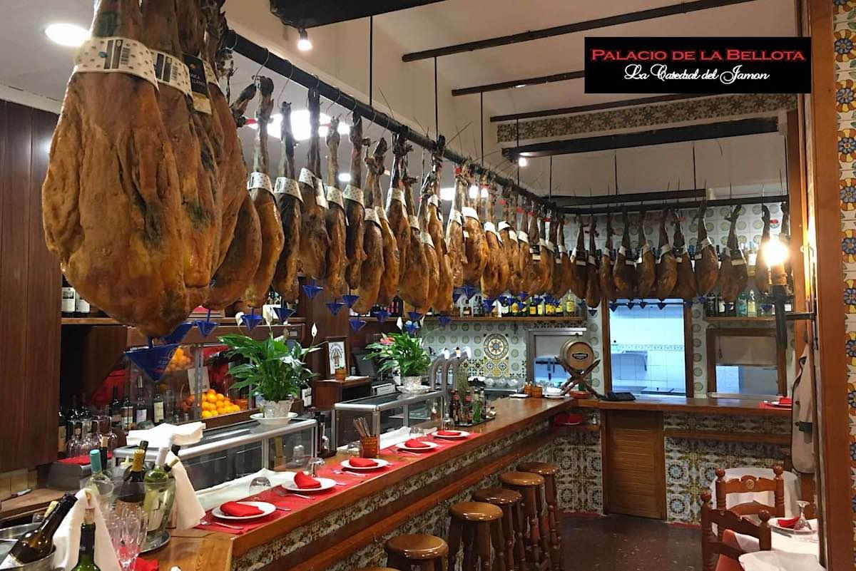 El restaurante Palacio de la Bellota celebra su 50 aniversario