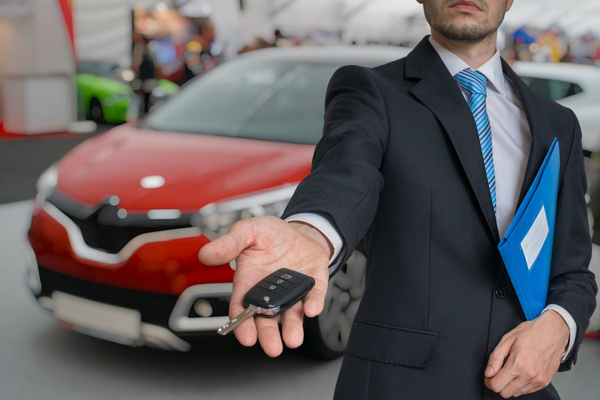 Motoreto, la startup de coches de ocasión, levanta 200.000 euros en su primera ronda de financiación.