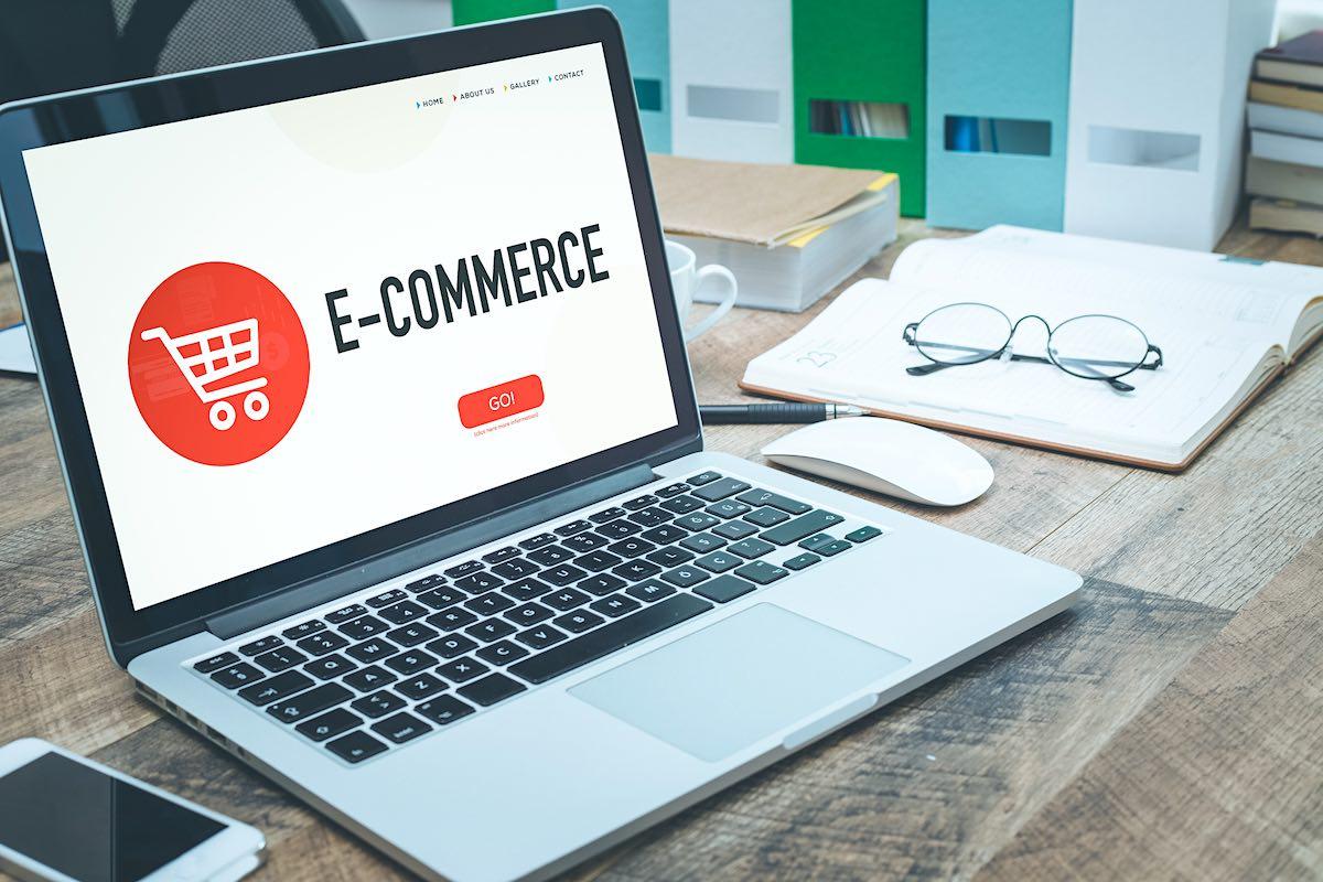 Aprenda como crear tiendas online, ganar visibilidad y vender por internet gracias a este experto en e-commerce