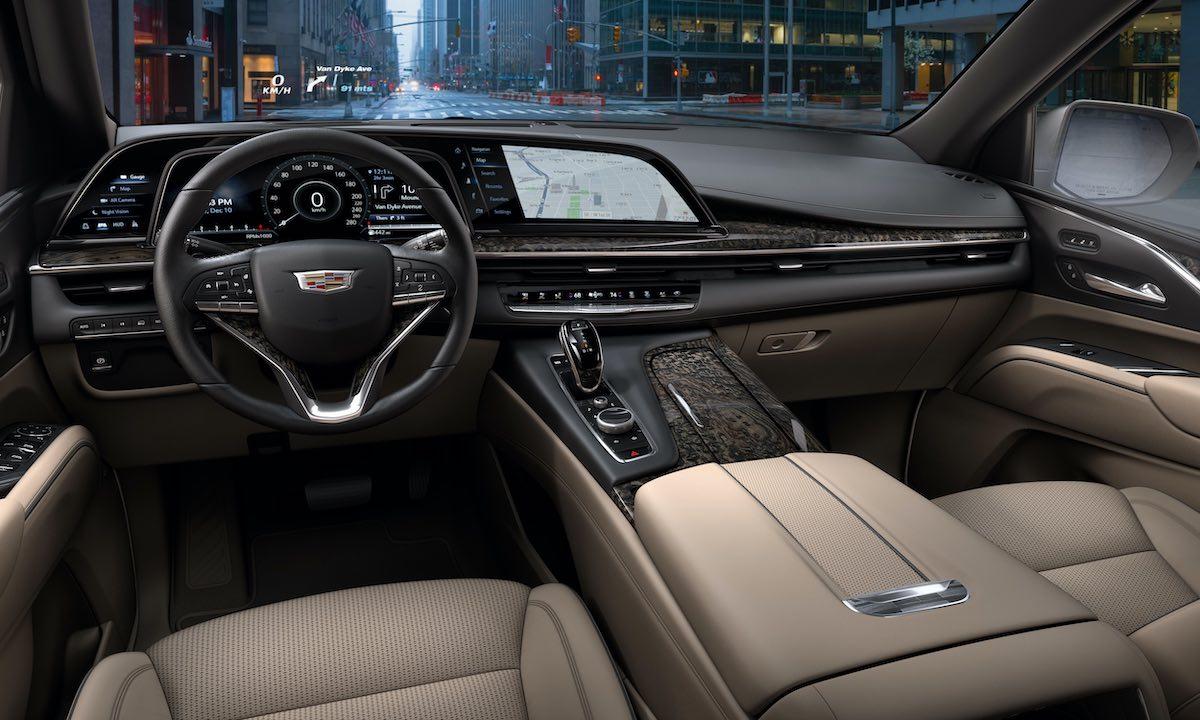 Cadillac Escalade 2021 incorpora un Sistema AKG Studio de 36 bocinas y 28 canales amplificados