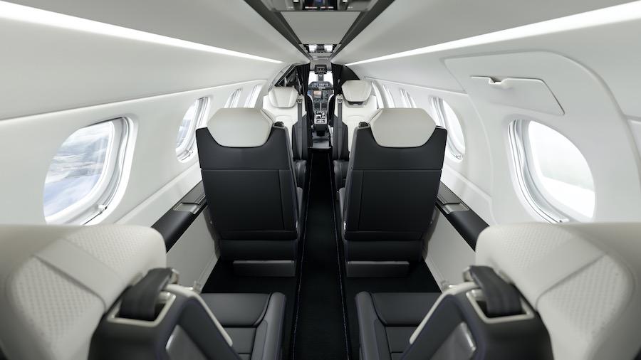 Embraer Phenom 300E - Interior