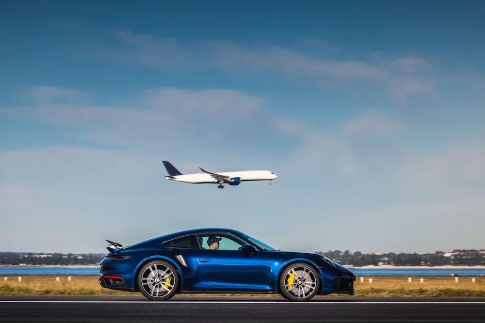 El Porsche 911 Turbo S en el aeropuerto de Sídney