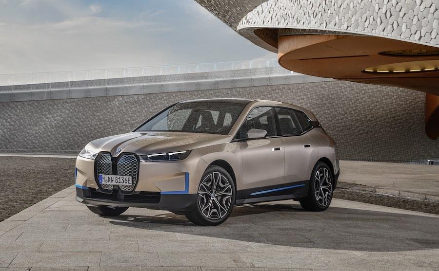 BMW iX 2022: El fabricante alemán revela su primer SUV totalmente eléctrico