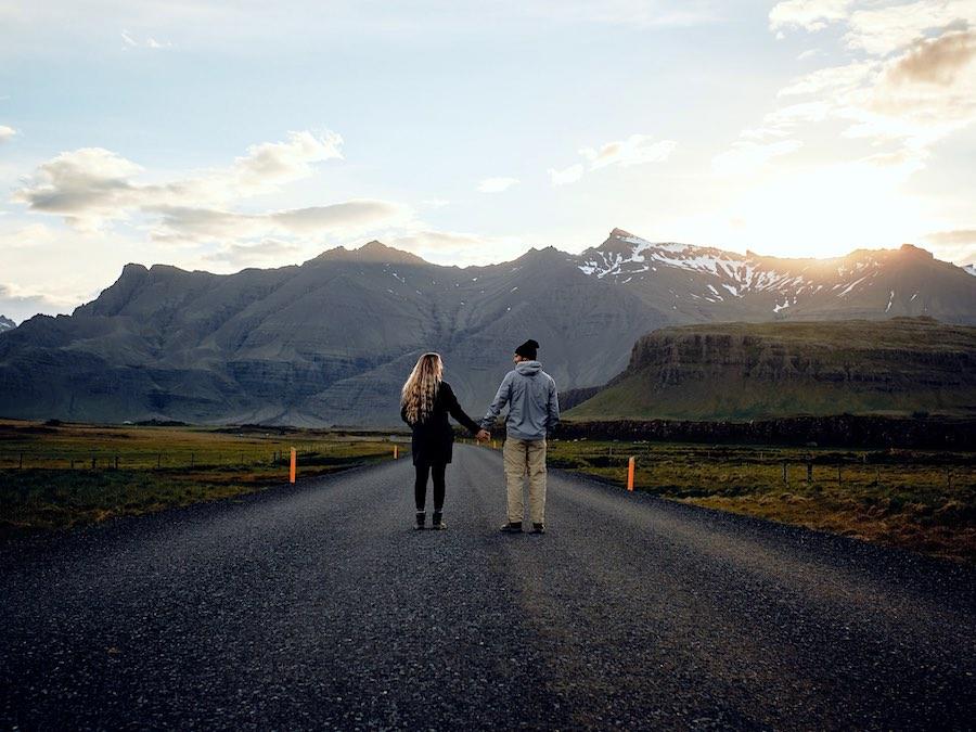 Por qué los viajes son buenos para tus relaciones románticas