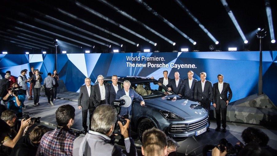 Agosto de 2017: estreno mundial de la tercera generación del Cayenne (E3) en la azotea del Museo Porsche de Stuttgart-Zuffenhausen.