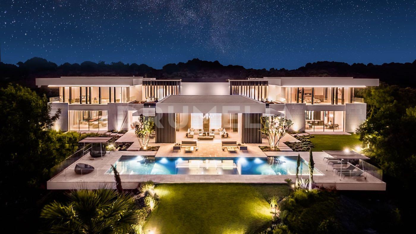 Villa Cullinan, una moderna mega mansión de lujo en La Zagaleta, Marbella