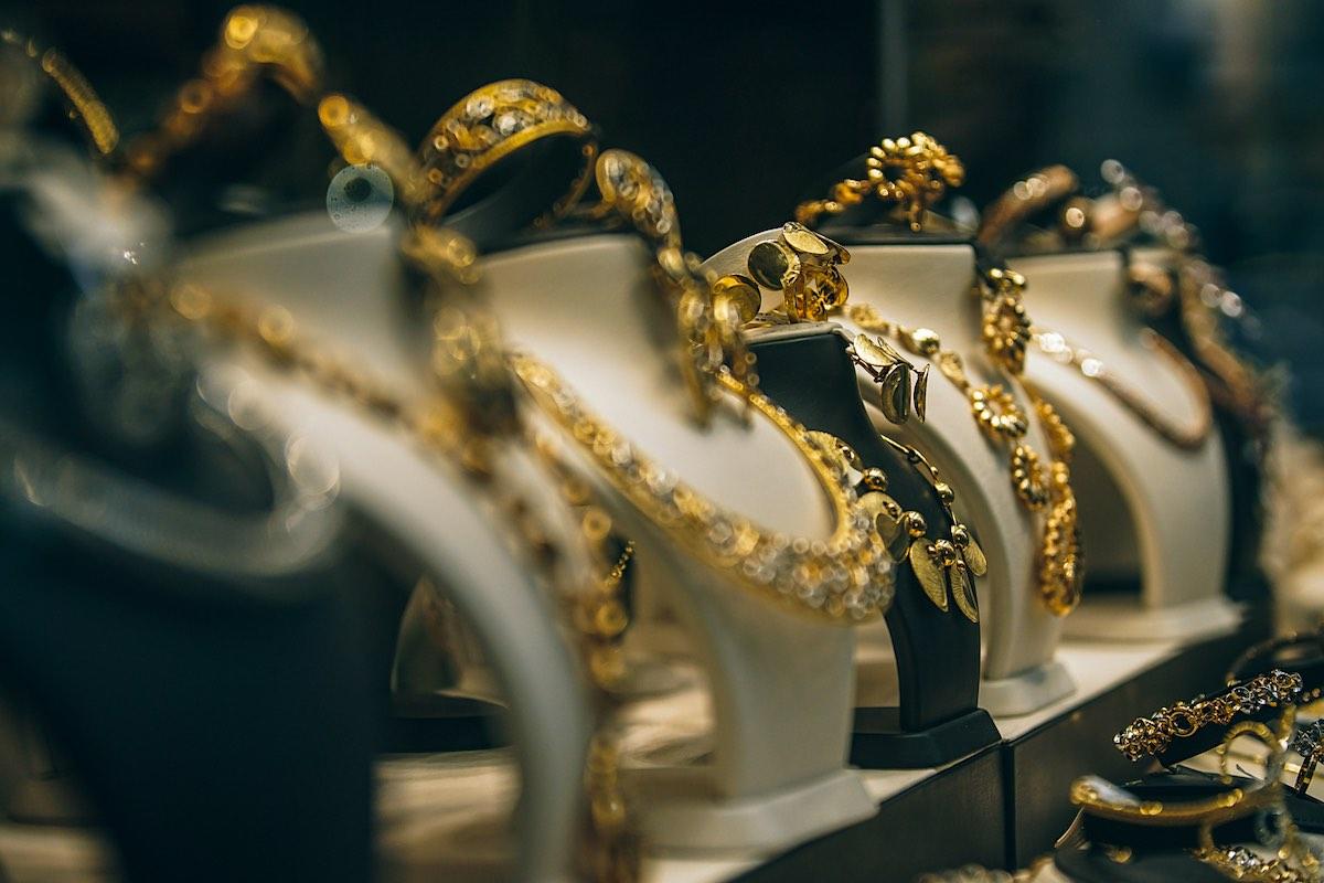 Los beneficios del oro en la joyería