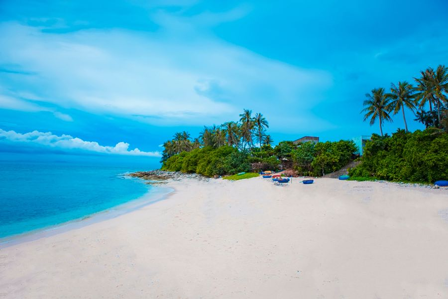 Playa en la pequeña isla de Ly Son, Quang Ngai, Vietnam