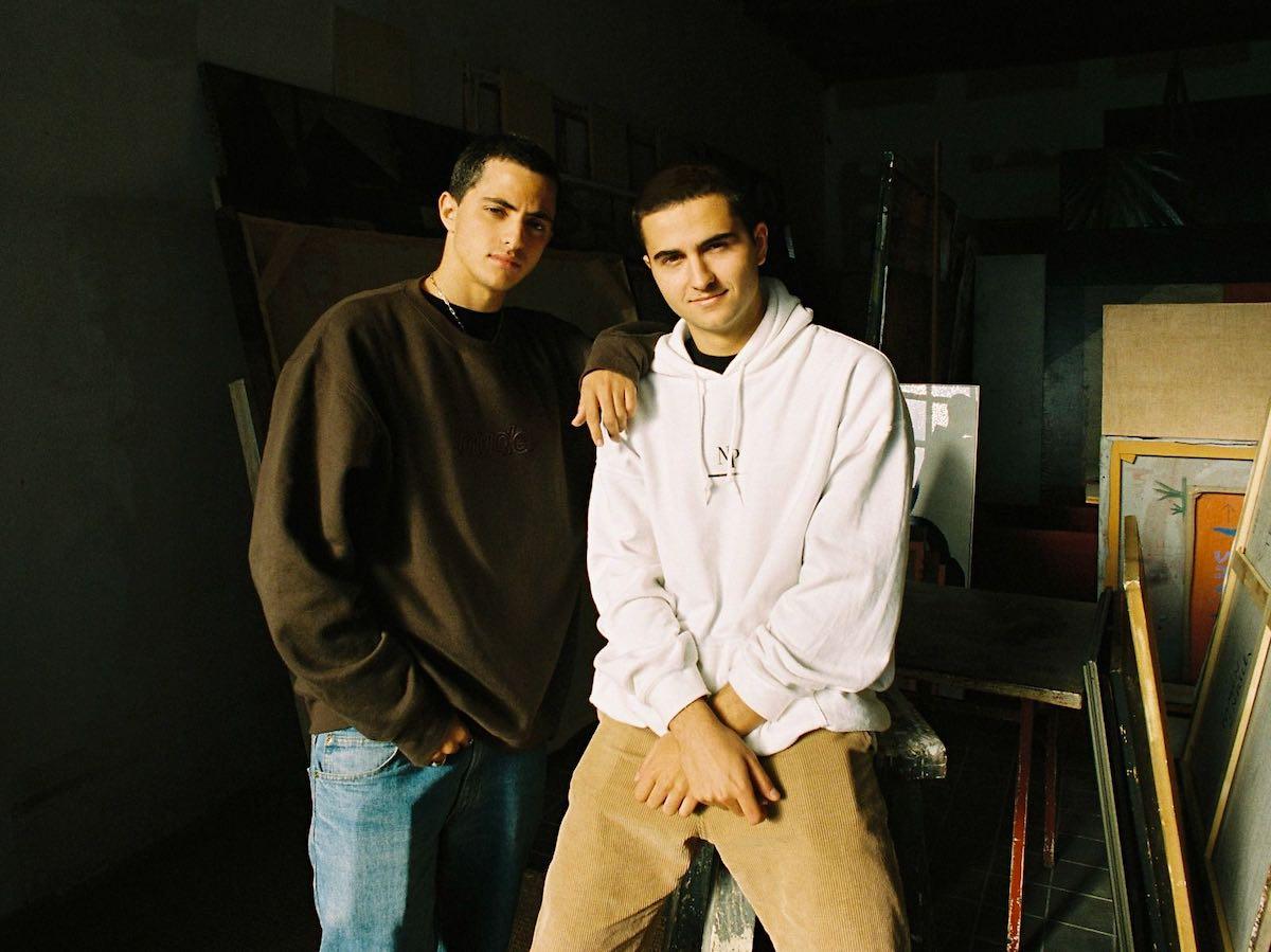 Alex Benlloch y Bruno Casanovas, dos jóvenes de 20 años, lideran la marca de ropa de moda en las redes sociales.