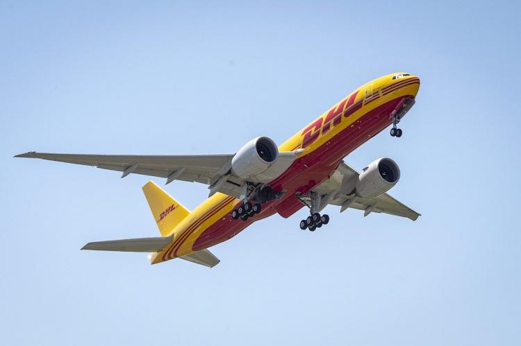 DHL Express fortalece su red mundial de aviación con la compra de ocho aviones de carga Boeing 777