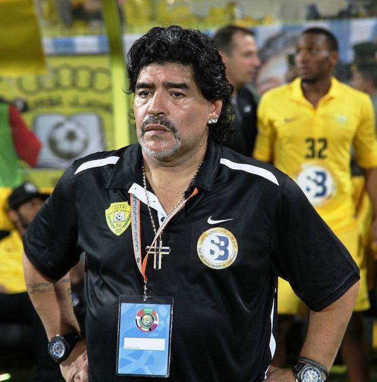 Maradona como técnico del Al Wasl.