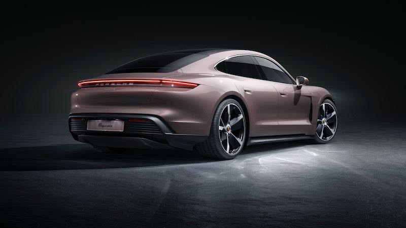 Porsche amplía la gama con el nuevo Taycan