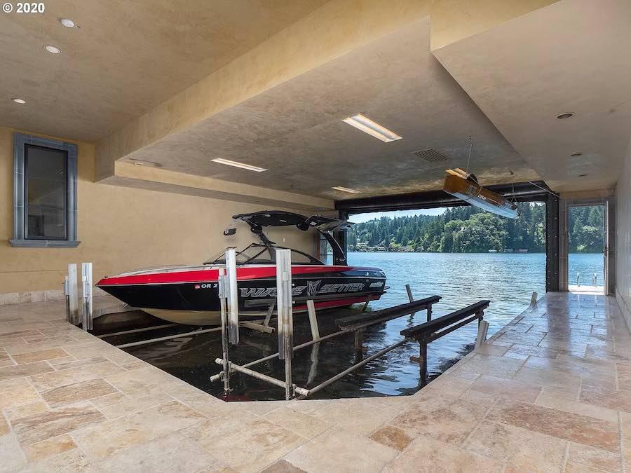 Esta propiedad frente al Lake Oswego, Oregon, está a la venta por $11 millones