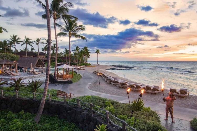 Jet Edge se asocia con Four Seasons Resorts Hawaii Collection para viajes premium en jet privado