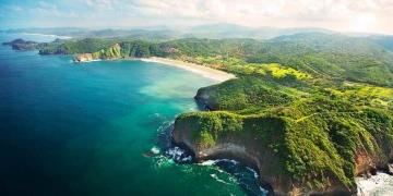 Lujoso Mukul Beach, Golf, & Spa en la Costa Esmeralda, Nicaragua