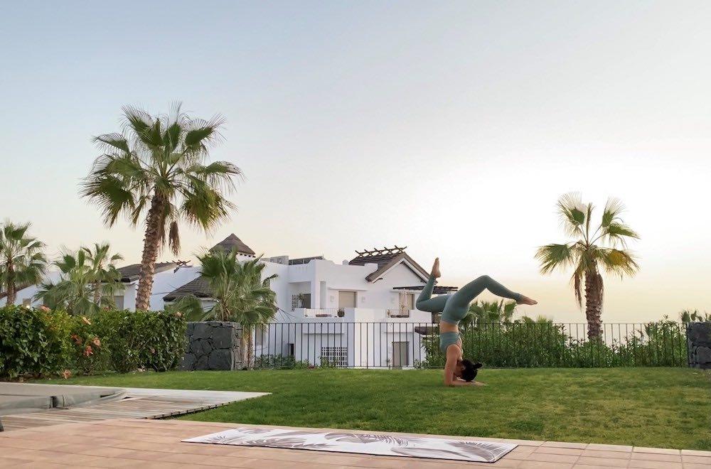 Xuan Lan, la mayor influencer del yoga en España, desconecta en Abama Resort, en Tenerife