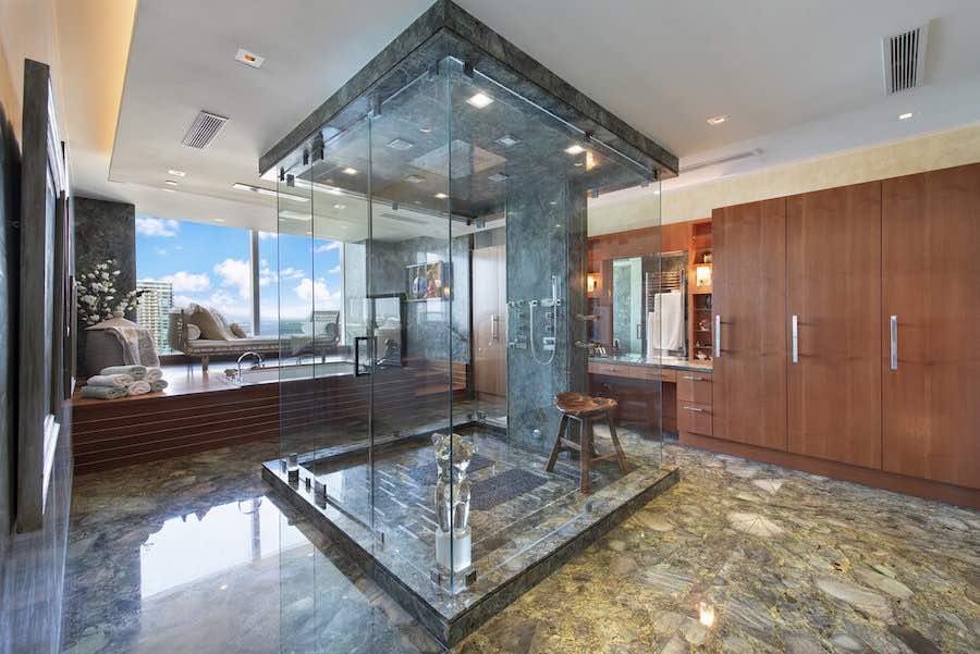 Ático de lujo en el Four Seasons Private Residences en el vecindario de Brickell en Miami.