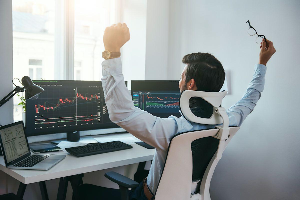 Cómo elegir un bróker para comenzar a invertir en bolsa