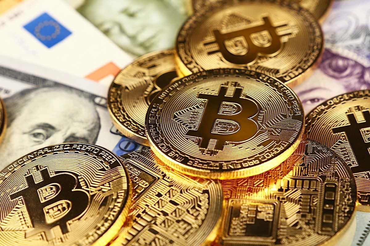 """El fin del dinero físico: ¿sustituirá el bitcoin al dólar"""""""